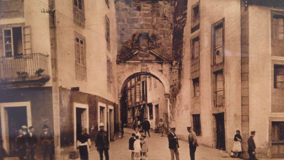exposicion-estampas-lucenses-coleccion-de-postais-de-manuel-urbano-museo-provincial-de-lugo- arquitectura lugo coag